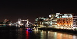 Londres, le Tower Bridge et le London Bridge Hospital.