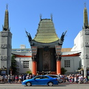 Le Grauman's Chinese Théatre, Hollywood.
